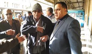 """رئيس """"السكك الحديدية"""" يشدد على نظافة القطارات والمحطات خلال جولته اليوم"""