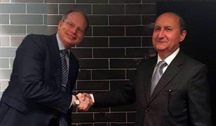 وزير التجارة والصناعة يبحث مع رئيس فولفو العالمية تصنيع اتوبيسات النقل العام السريعة لخدمة المدن الجديدة