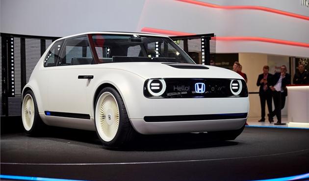 هوندا  تطلق سيارة كهربائية مميزة للسوق الأوروبية - الأهرام اوتو