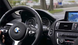 """""""بي.إم.دبليو"""" تعتزم استدعاء 260 ألف سيارة في الولايات المتحدة بسبب عيوب في الكاميرات الخلفية"""
