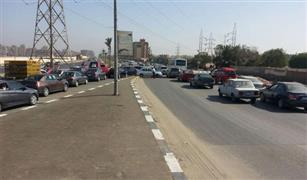 سيولة مرورية على محاور القاهرة وسيارة تصدم شخص أعلى الإسكندرية الصحراوى.