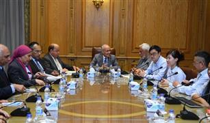 وزارة الإنتاج الحربي توقع اتفاقية مع شركة صينية لانتاج محطات شحن السيارات الكهربائية