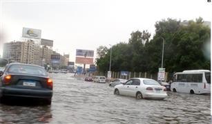 المهندس أمير فارس عن الأمطار: أفصل كابل بطارية سيارتك فورا في هذه الحالة