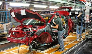 """مصادر: """"نيسان"""" تدرس بيع مصانع سياراتها في أوروبا بسبب تراجع المبيعات"""