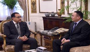 رئيس الوزراء يستقبل رئيس شركة فوتون العالمية للسيارات