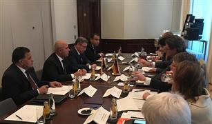 كامل الوزير يبحث مع وزير النقل الألمانى التعاون في مجالات النقل