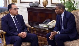 """مدبولي يلتقى نائب رئيس """"أوبر"""" العالمية.. ويشيد باستجابتها لطلب الرئيس السيسى بتدشين """"أوبر باص"""""""