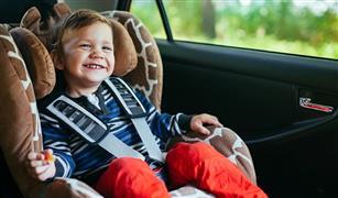 اختراع طال انتظاره.. وداعا لمقتل الأطفال داخل السيارات
