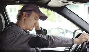 سبع: نوم قائد السيارة أقل من 4 ساعات يضاعف إمكانية وقوع حادث 11 مرة
