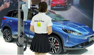 شبكة أمريكية: السيارات الكهربائية ستقود حركة النقل عالميا بالمستقبل