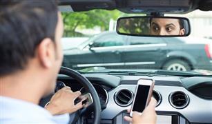 احذر.. أول كاميرا لرصد استخدام الهاتف أثناء القيادة وتلك العقوبة