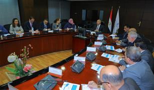 وزير النقل يبحث مع وفد البنك الدولي مشروع تطوير نظم إشارات السكك الحديدية والتعاون المستقبلي