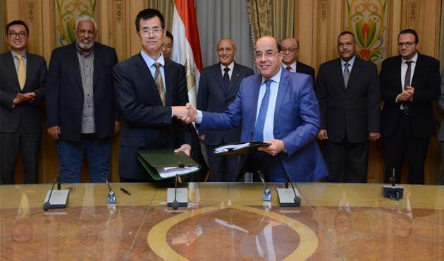 إنشاء أول مصنع مصري لإنتاج إطارات السيارات