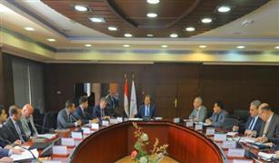 وزير النقل يشدد على  رفع معدلات تنفيذ نظم إشارات خطي نجع حمادي والإسكندرية