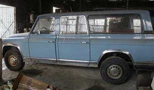 مزاد لبيع سيارة ديكتاتور رومانيا السابق تشاوشيسكو يفشل في جذب مشترين