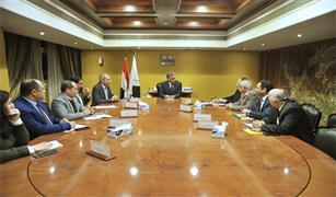 وزير النقل يبحث مع رئيس وقيادات الهيئة القومية للأنفاق معدلات تنفيذ الخط الثالث