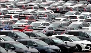 هل ينشط خفض الفائدة بالبنوك قروض السيارات؟.. أستاذ تمويل يجيب