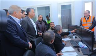 وزير النقل يتابع التشغيل التجريبي لبرج اشارات مغاغة للسكك الحديدية