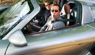 """اتهام الممثل الأمريكي """"جيري سينفيلد"""" ببيع سيارة بورشه مزيفة"""