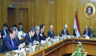 وزير الصناعة يبحث مع وفد ياباني إنشاء مصانع  لمكونات السيارات في مصر