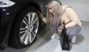 للنساء.. كيف تسيطرين على سيارتك اذا انفجر إطار السيارة على طريق سريع
