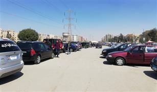 شاهد بالفيديو.. 3 مشاهد تسيطر على سوق السيارات المستعملة بمدينة نصر