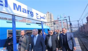 نائب وزير النقل يتابع التشغيل التجريبي بين محطتي المرج الجديدة والقديمة و انتظام العمل بالخط الأول