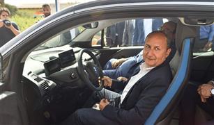 """""""بي أم دبليو"""" تطلق سلسلة سياراتها الكهربائية والهجين (i) في مصر بحضور وزير الصناعة"""