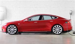 """توقعات بتراجع الطلب على سيارات """"تيسلا"""" الكهربائية في أمريكا.. تعرف على السبب"""