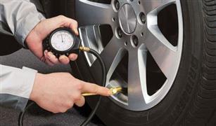 خطأ شائع: خفض ضغط إطار السيارة في الصيف وزيادته في الشتاء