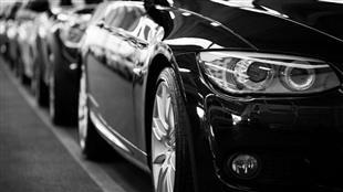 خبراء يحذرون من انهيار انتاج السيارات في بريطانيا حال خروجها من أوروبا بلا اتفاق