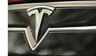 """هل يمكن لـ""""فورد"""" شراء """"تسلا""""؟.. سيناريو نهاية أكبر شركة سيارات كهربائية؟"""