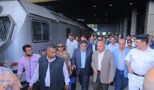 وزير النقل إلغاء كافة تصاريح السفر المجانية للعاملين بالسكك الحديدية