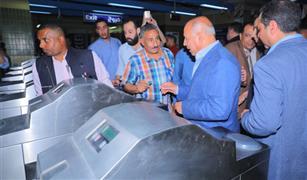 وزير النقل يتابع  الاستعدادات النهائية لفتح المحطات الجديدة بالخط الثالث للمترو