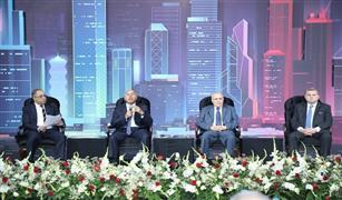 وزير النقل : دعم كامل من القيادة السياسية  للشركات المصرية والربط مع افريقيا فى السكك الحديدية والطرق والمونئ