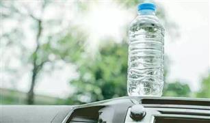 التعاليق وزجاجات المياه.. أشياء بسيطة في سيارتك قد تتسبب في كوارث