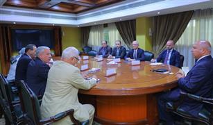 وزير النقل يبحث التعاون في مجال سياحة الكروز مع  منظمة الميدكروز