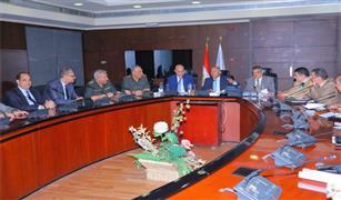 """""""النقل"""" و""""الهيئة الهندسية"""" يبحثان إنشاء محطة متعددة الأغراض بميناء الإسكندرية"""