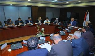 """""""بنك الاستثمار الأوروبي"""" يعرض تمويل مونوريل العاصمة الإدارية و6 أكتوبر وتطوير الخط الثاني للمترو"""