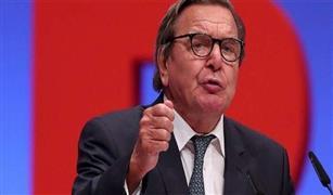 المستشار الألماني السابق شرودر يحذر من المبالغة في الجدل حول حماية المناخ