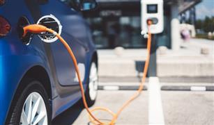 دراسة: 2% فقط من الألمان يمكنهم شحن سياراتهم الكهربائية في المنازل