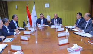 وزيرا النقل والبترول يبحثان  إعادة تأهيل ورفع كفاءة خط سكة حديد قنا / سفاجا / ابو طرطور