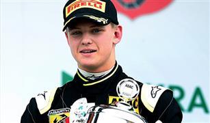 نجل الأسطورة مايكل شوماخر يحتل المركز الثامن في سباق فورمولا-2 المجري