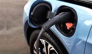 موقع بريطاني يكشف التكلفة الحقيقية للتحول من قيادة السيارة الديزل إلى كهربائية
