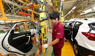 مبيعات السيارات الصينية تنخفض 6.9% في أغسطس للشهر الرابع عشر