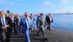 وزير النقل يشهد توقيع بروتوكول تعاون بين ميناء الإسكندرية وبنك مصر