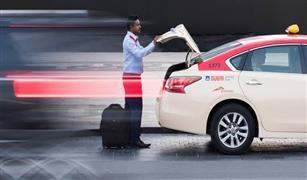 دبي توفر إنترنت مجاني وترجمة فورية بمركبات التاكسي