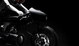 """هوندا تلهب أحلام عشاق الدراجات بـ""""عين البوبر"""" المصنعة من الفولاذ الأسود"""