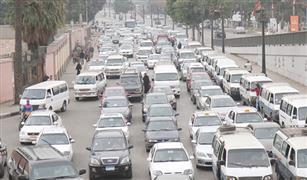 الحالة المرورية: كثافات على دائرى المريوطية بسبب انقلاب سيارة نقل.