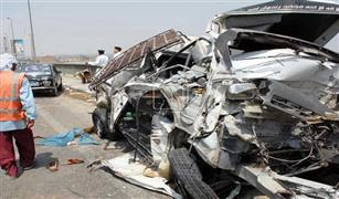 مصرع وإصابة 9 في تصادم سيارتين بالصحراوى الغربى بملوي بالمنيا